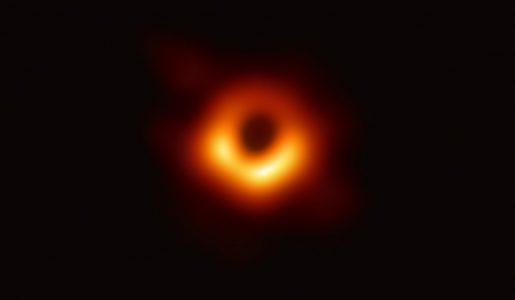 Erstes Bild eines Schwarzen Loches; Originalaufnahme von 'The Event Horizon Collaboration'